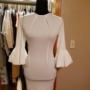 Tops - White elegant flitted dress